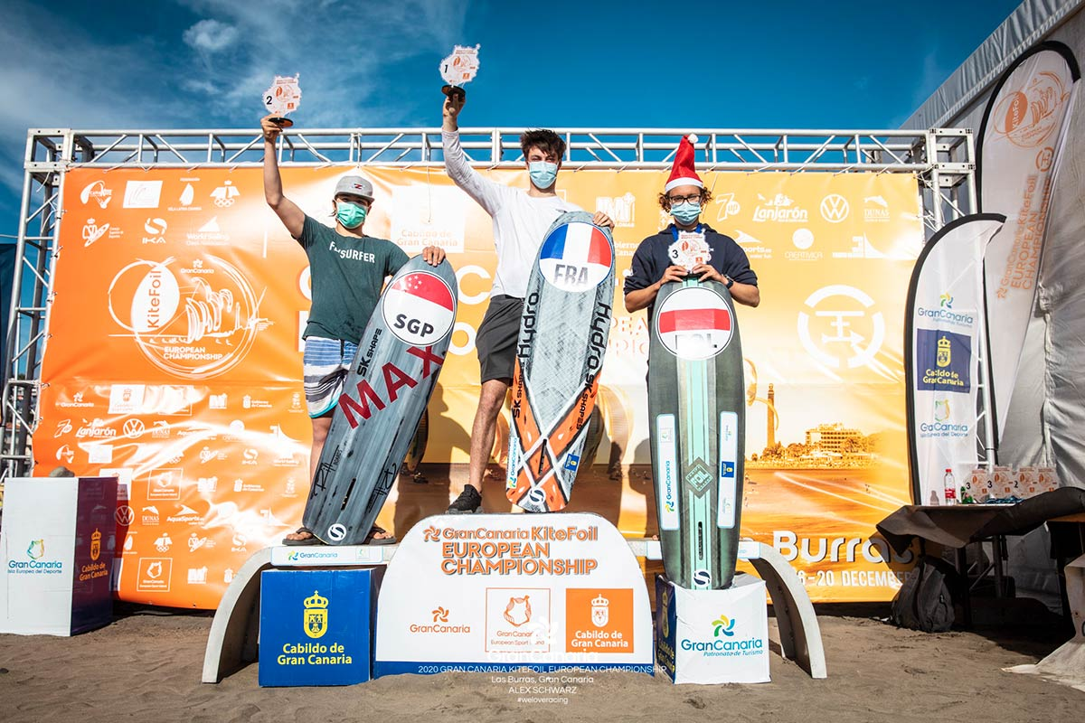 2020-12_KiteFoil-GoldCup_01-youth-podium_